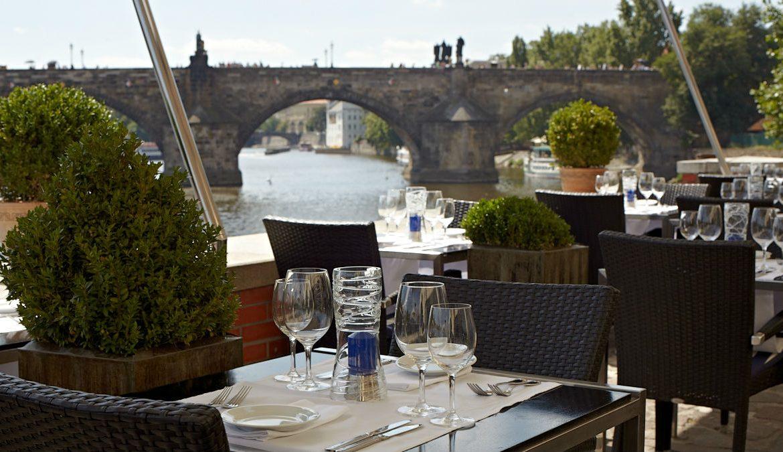 24 Hours in Prague | Hergetova Cihelna 1 © Kampa Group Restaurants