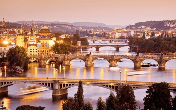 Bridges in Prague | Bridges in Prague © iStock/Nikada